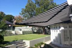 retractable awnings-hamilton